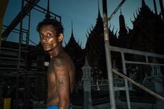 * (Sakulchai Sikitikul) Tags: street snap streetphotography songkhla sony flash thailand hatyai worker 28mm voigtlander a7s burmese watkoksamankun temple tattoo