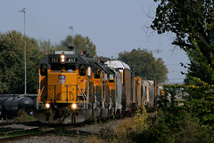 Dash-2 Quartet in KC (Jeff Carlson_82) Tags: yks87 up uprr emd gp382 sd402 sd40n transfer cargill 813 kcmetrosub kc mo kansascity unionpacific missouri train railroad railfan railway 1764 812 1637