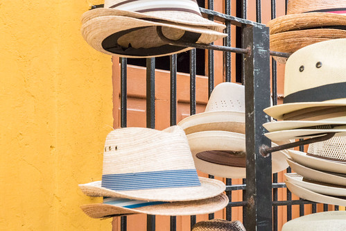 hats in Calle 59, Campèche