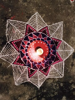 #festivaloflights#diya#illumination#lights#rangoli#crackers#hindufestival#celebration#india#shotoniphone7plus#