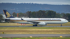 Singapore Airlines A330-300 9V-STV (Anthony Kernich Photo) Tags: view airplane aircraft airplanepicture airplanephotograph airplanephoto adelaide adelaideairport plane aviation jet olympusem10 olympus olympusomd commercialaviation planespotting planespot aeroplane flight flying airline airliner kadl kpad adl airport raw widebody airbus airbusa330 a330 a330300 9vstv singaporeairlines sia sq star