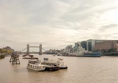 Tower Bridge, London (davehyper) Tags: mamiya 645 super 45mm sekor c kodak ektar 100 london bridge england medium format film photography tower davehyper steamer bw dave chapman dj