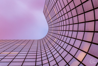 Sunset reflection on Mahanttan tower, La Defense district