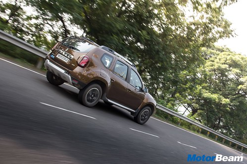 2017-Renault-Duster-AMT-Long-Term-15