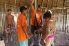 Programa de Erradicação da Oncocercose nas Américas - Terras Yanomami (Secretaria Especial de Saúde Indígena (Sesai)) Tags: outubro 2017 oncocercose erradicação dseiyanomami indígenas equipemultidisciplinar pesagem criança pólobasesurucucu yanomami roraima aldeiakoriaupe