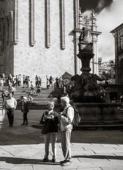 Map Reading (Poul_Werner) Tags: gislevrejser santiagodelacompostella spain spanien 53mm busferie cathedral domkirke ferie katedral rejse travel travelbycoachorbus santiagodecompostela galicia es bw blackwhitephotos