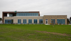 Holy Family Memorial (Lester Public Library) Tags: tworiverswisconsin tworivers holyfamilymemorial lakefrontcampus holyfamilymemoriallakefrontcampus healthcare walkin primaryhealthcare wisconsin ribboncutting ribboncuttingceremony openhouse tours