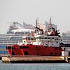 Cyclone - Cadiz, Spain (pom.angers) Tags: 100 200 canoneos400ddigital april 2017 cadiz sea ocean harbor boat ship andalusia spain europeanunion 5000