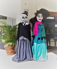 Ready for the party ? (France-♥) Tags: 703 mexico puertovallarta couple two squeleton holiday clothing party fabuleuseenfêtesh