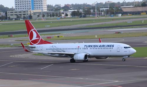 TC-JGT Boeing 737-8F2/W Turkish Airlines