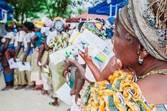 À espera... (gandydesigner) Tags: wainting esperando burocracia pensamento pensar thinking black women africa angola