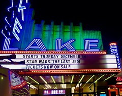 Lake (Crawford Brian) Tags: lakestreet laketheater theatre movie sign lights neon starwars lastjedi colors driveby night oakpark illinois midwest usa glow marquee misspelling thurday thursday analog