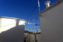 En Las Alpujarras. (Victoria.....a secas.) Tags: granada alpujarras sombras shadows chimenea ty fr