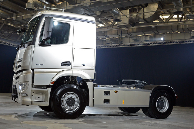 Actros-11