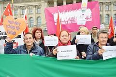 24.10.: Kundgebung vor dem Bundestag: Gegen die faschistische Gefahr! Gegen die AfD im Bundestag! (UweHiksch) Tags: afdstoppen noafd stoppafd naturfreunde naturfreundeberlin naturefriends naturfreundeinternationale dielinke linke bundestag rassismus antirassismus antira antifa antifaschismus vvnbda vvn berlinerbündnisgegenrechts aufstehengegenrassismus aufstehen