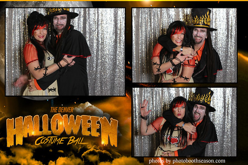 """Denver Halloween Costume Ball • <a style=""""font-size:0.8em;"""" href=""""http://www.flickr.com/photos/95348018@N07/37972668256/"""" target=""""_blank"""">View on Flickr</a>"""