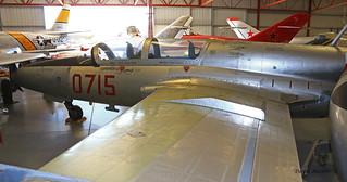 PZL TS-11 Iskra 100bisB n° 1H07-15 ~ 0715 / N715CM