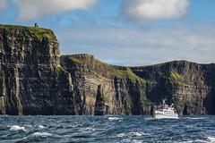 Ireland - Lislarkin - Cliffs of Moher (Marcial Bernabeu) Tags: marcial bernabeu bernabéu ireland irlanda irish irlandes lislarking cliffs acantilados moher sea ocean mar oceano boat barco marc