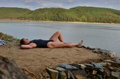 Slunění u vody (mermanpetleotard) Tags: plavky jednodílné onepiece swimsuit swimwear einteiligen badeanzug badeanzüge maillots de bain lycra spandex leotard trikot tight skintight