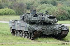 Leopard 2 A6 / Bundeswehr (Combat-Camera-Europe) Tags: kmweg rheinmetall diehl nato otan armee army bundeswehr bw heer militär military kpz panzer kampfpanzer leopard leopard2 leopard2a6 a6 germanarmedforces mainbattletank mbt pfreimd pzbtl1042pzbtl10panzerdivision 10 panzerdivision