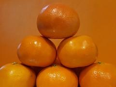 Sweet Mandarins (Helen Orozco) Tags: smileonsaturdays vividorange mandarins orange hsos fruit sweet balancing