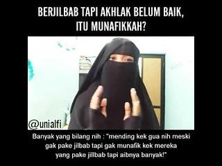 Pake jilbab tapi aib banyak, gimana nih…. Ini dia jawabannya