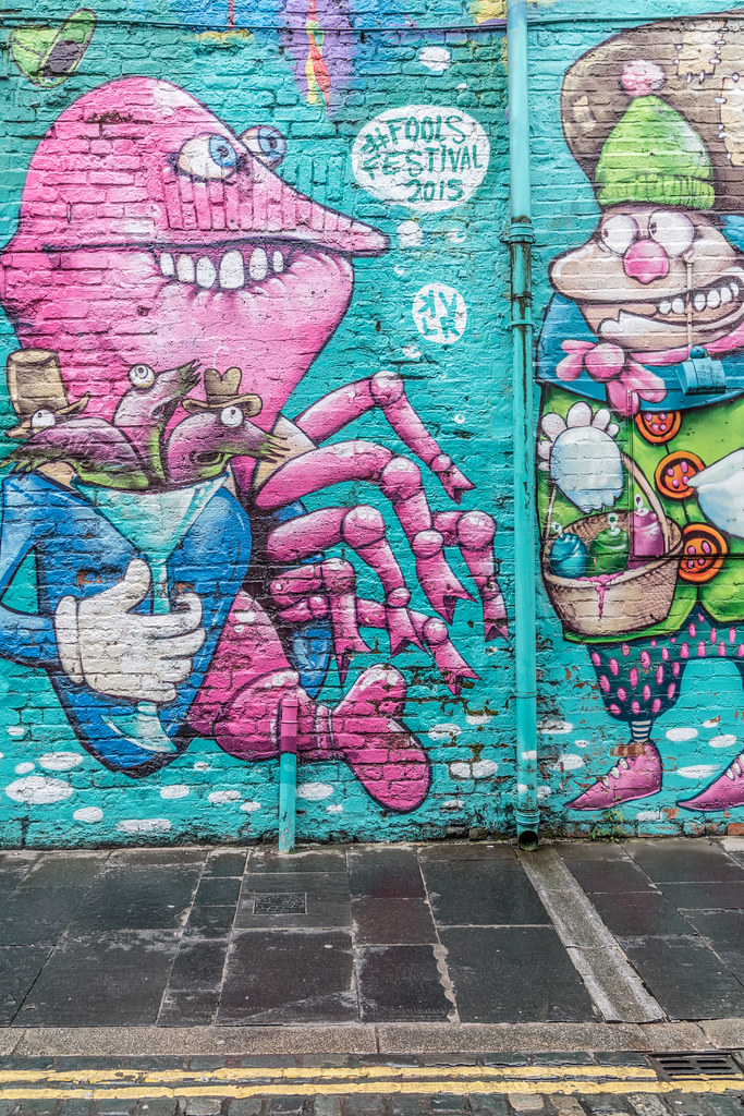 EXAMPLES OF URBAN CULTURE IN BELFAST [STREET ART AND GRAFFITI]-132933