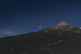 Moon over Grubigstein (2233m), Lermoos, Tirol - Austria ... (0318)