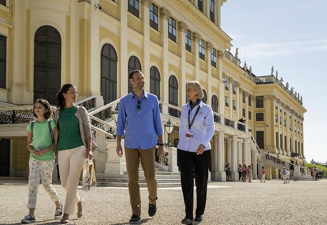 徒歩で散策ウィーン旧市街&シェーンブルン宮殿-世界遺産巡るウィーン・グランド(世界遺産のオプショナルツアー)