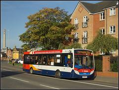 37063 on a D3 (Jason 87030) Tags: stagecoach 37063 enviro e200 yy63yrj d3 daventry northampton northants northamptonshire midlands bus 2017 october wheels