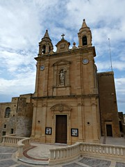 Church in Fontana (Linda DV (away)) Tags: lindadevolder lumix geomapped geotagged travel europe malta 2017 mediterraneansea island gozo gozosightseeingtour ribbet