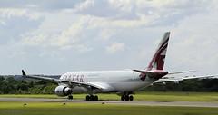 _MG_0826 Qatar A7-ACC (M0JRA) Tags: qatar a7acc manchester airport planes flying jets biz aircraft pilot sky clouds runways