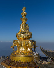Golden Buddha - Mt. Emei, Sichuan, China (famasonjr) Tags: panarama mtemeibuddha china temple chengdu sichuan gold mountain goldenbuddha winter snow golden mt emei sky buddha chinese religion cloud architecture building scenic travel canoneos7d canonef28135mmf3556isusm
