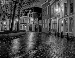 Markt - Vlaardingen - The Netherlands (Jan Wildeboer) Tags: 23mm night white black vlaardingen xt1 fuji