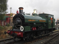 IMG_7215 - GWR Hudswell Clarke Saddle Tank 813 (SVREnthusiast) Tags: severnvalleyrailway svr severnvalley severn valley railway gwrhudswellclarkesaddletank813 gwr hudswellclarke saddletank 813 autumngala2017