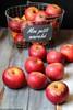 Mele (Giovanna-la cuoca eclettica) Tags: mele apples frutta stilllife healthy healthyfood red colors energy food