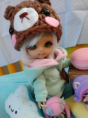 Pillows Toys and Snacks (KiwisBitterSweet) Tags: luts tinydelf tiny delf tdf hansel bjd