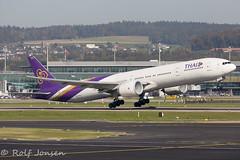 HS-TKY Boeing 777-300ER Thai Airways Zurich airport LSZH 15.10-17 (rjonsen) Tags: plane airplane aircraft departure takeoff aviation vapour flugg fogg condensation