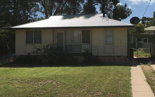 15 Lake Drive, Narrandera NSW
