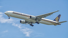 Singapore Airlines B777-300 9V-SYF (Anthony Kernich Photo) Tags: singapore changi airport changibeach airplane aircraft airplanepicture airplanephotograph airplanephoto plane aviation jet olympusem10 olympus olympusomd commercialaviation planespotting planespot aeroplane flight flying airline airliner widebody boeing boeing777 b777 b777300er landing singaporeairlines sq sia 9vsyf b773 spotting