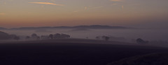 Dreamy Shire (Uli He - Fotofee) Tags: ulrike ulrikehe uli ulihe ulrikehergert hergert nikon nikond90 fotofee plätzer burghaun nebel morgen morgenlicht