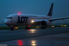Boeing 787-8 Dreamliner (Bartlomiej Mostek) Tags: europe europa poland polska mazovia mazowsze warszawa warsaw epwa lotniskochopina chopinairport warsawspotters boeing 7878 787 dreamliner splrf franek cn35942 lot polishairlines polskielinielotnicze lo97