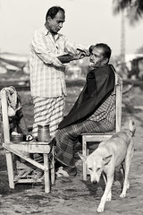 Bangladesh, open air hair salon with dog (Dietmar Temps) Tags: asia bangladesch bangladesh bengali hairsalon openair culture ethnic ethnie ethnology khulna naturallight outdoor people southasia streetphotography tradition traditional hairdresser dog