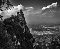 San Marino (marukomu) Tags: sanmarino tower castle