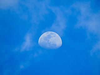crescent moon...30.10.2017