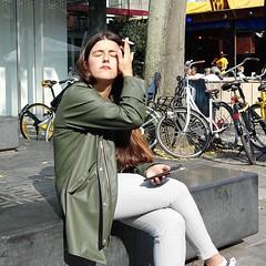 Rotterdam, Stadhuisplein (theo_vermeulen) Tags: rotterdam schouwburgplein street people sitting smoking sun