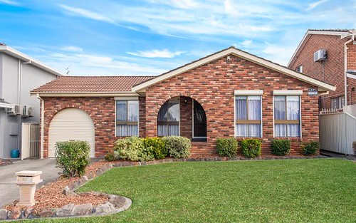 82 Roland St, Bossley Park NSW 2176