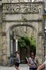 Dinan (Côtes-d'Armor) (sybarite48) Tags: dinan france bretagne côtesdarmor portedelhôtelbeaumanoir porte tür door باب 门 puerta πόρτα porta ドア deur drzwi дверь kapı sculpture skulptur فن النحت 雕塑 escultura γλυπτική scultura 彫刻 sculptuur rzeźba скульптура heykel