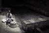 venditore conchiglie (B&N) (Enrico Piolo) Tags: bianconero conchiglie lavatoio cefalù pietre acqua dolce
