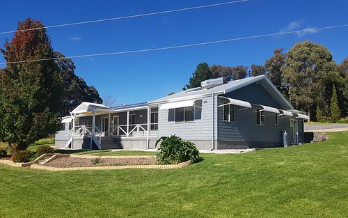 11 Blacks Road, Glen Innes NSW
